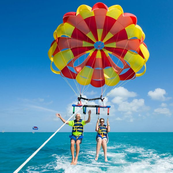 parasailing in kerala